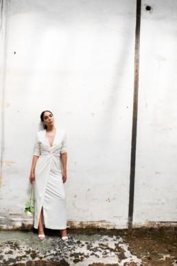 Robe tailleur de mariage sur-mesure à Paris by Sandrine Rocher Derichebourg