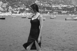 Smoking et robe de soirée sur-mesure pour femme à Paris